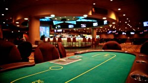 Four Rules About Online Casino Meant To Be Damaged